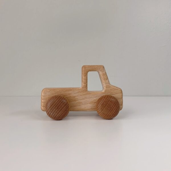 BM Wooden Truck scaled