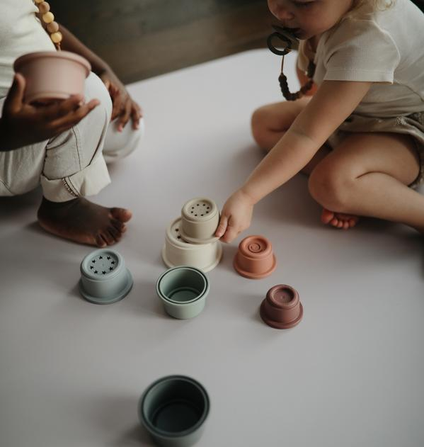 Stacking Cups 3