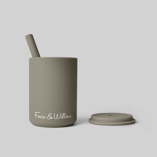 Foxx and Willow Straw Cup dusty sage 1