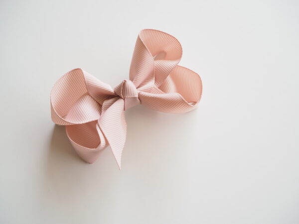 Bow Clip nude 2